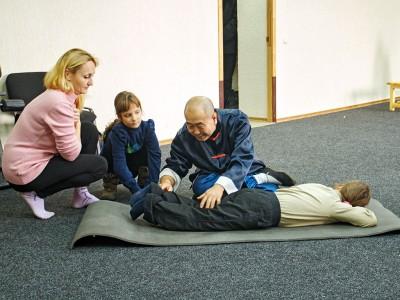 помощь детям с ДЦП, ДЦП массаж, китайский массаж
